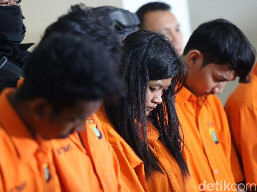 Tampang 5 Tersangka Pengeroyok Anggota TNI di Ciracas