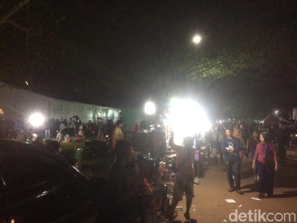 Berkah di Pesta Rakyat, Ultah Sweet 17 Transmedia