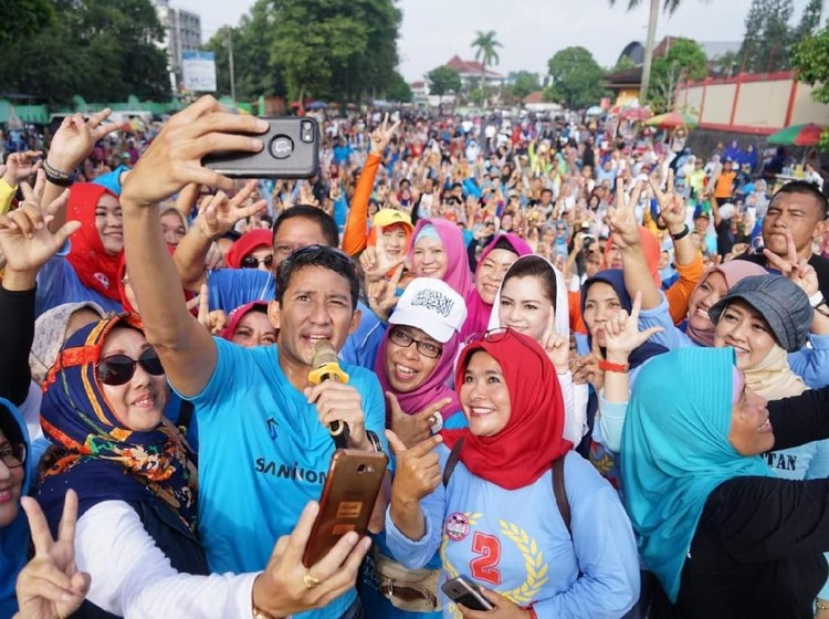 Sandi Lari dan Senam Bareng Warga Purwokerto