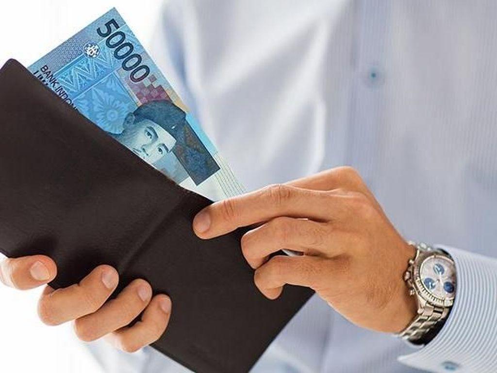 Uang Rp 50 Ribu Bisa Buat Beli Apa? Di Dealer Ini Bisa Angsur Mobil!