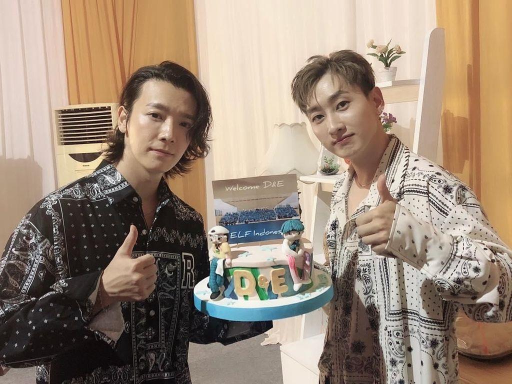 Super Junior D&E Berikan Love Sign dan Mainkan Mata pada ELF