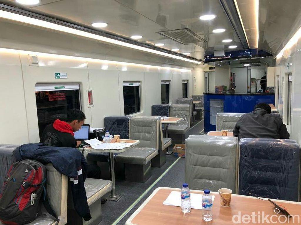 Libur Nataru 2019, KA Mutiara Timur Ganti Gerbong Rangkaian