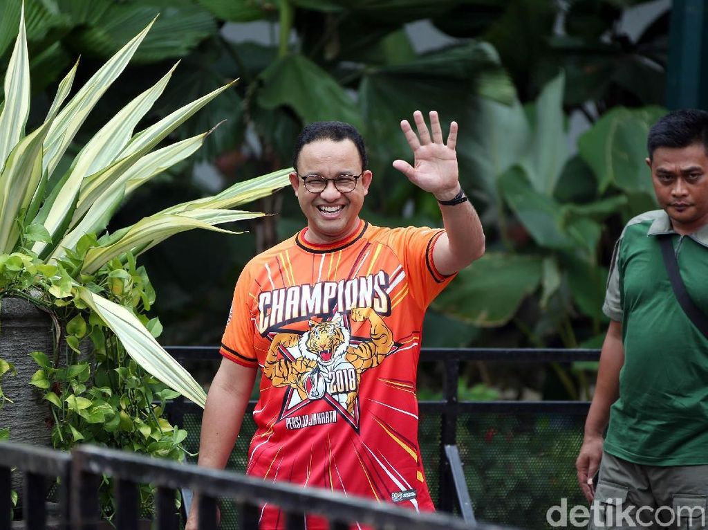 Gerindra Dukung Anies Buat Kostum Khusus PNS DKI Saat Persija Day