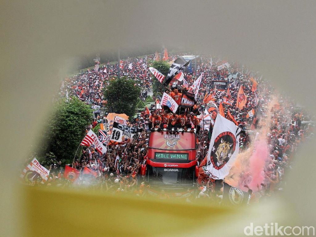 Persija Jakarta Berpesta di Jalan Ibukota