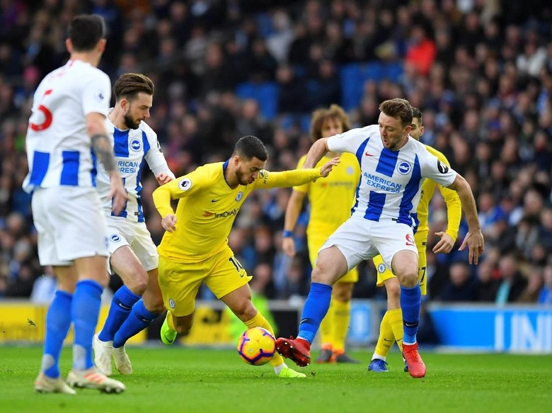 Kante : Jangan Biarkan Hazard Berjuang Sendiri