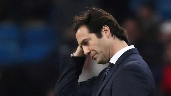 Santiago Solari dirumorkan akan digantikan Jose Mourinho (Sergio Perez/Reuters)