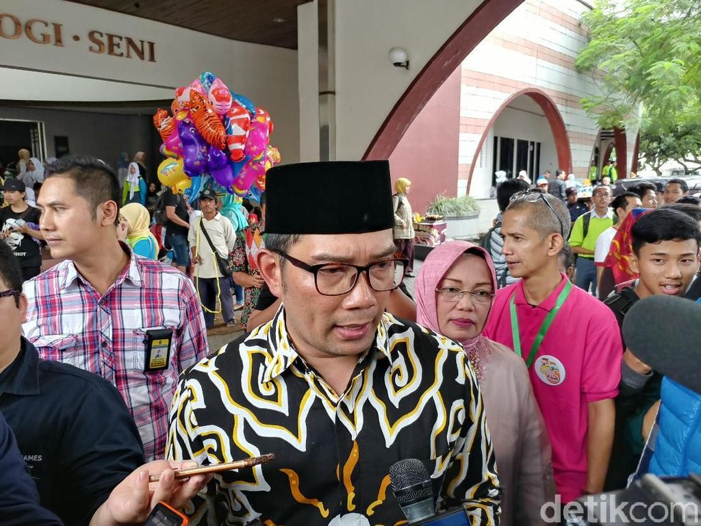 Ridwan Kamil Buka Sesi Curhat Warga di Gedung Sate-Pakuan