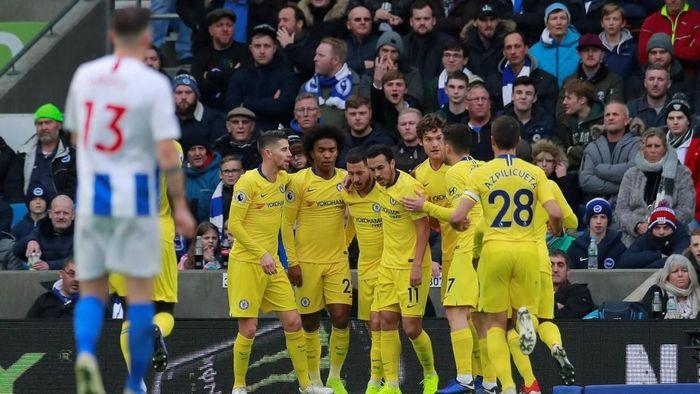 Chelsea menang susah payah 2-1 di markas Brighton (Andrew Couldridge/Reuters)