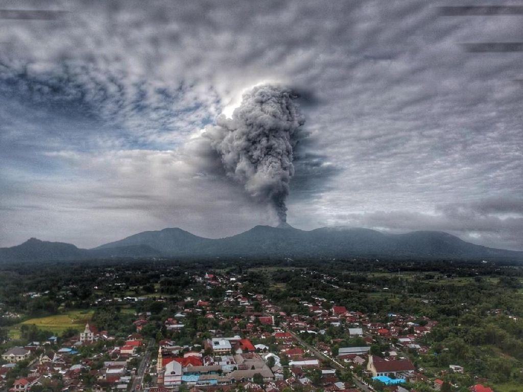 Dua Gunung Berapi di Sulut Siaga, PVMBG Imbau Masyarakat Tenang