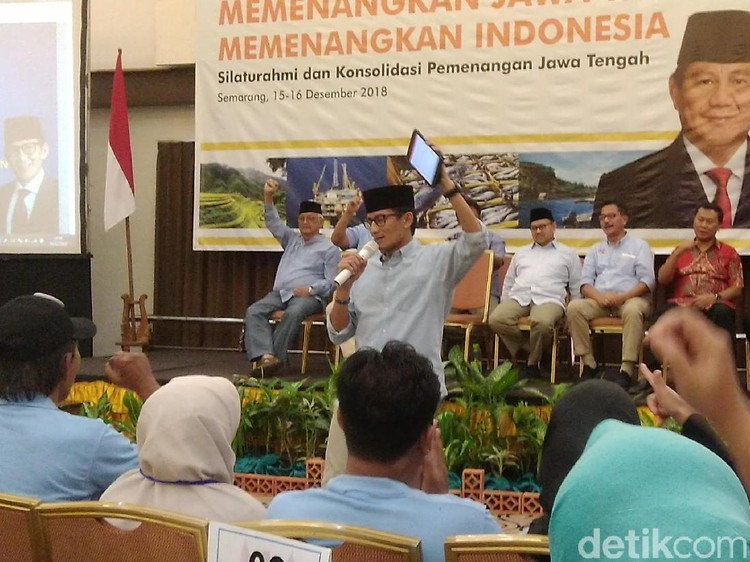 Siapkan Pos Tempur, Sandiaga Beri Arahan ke Relawan di Semarang