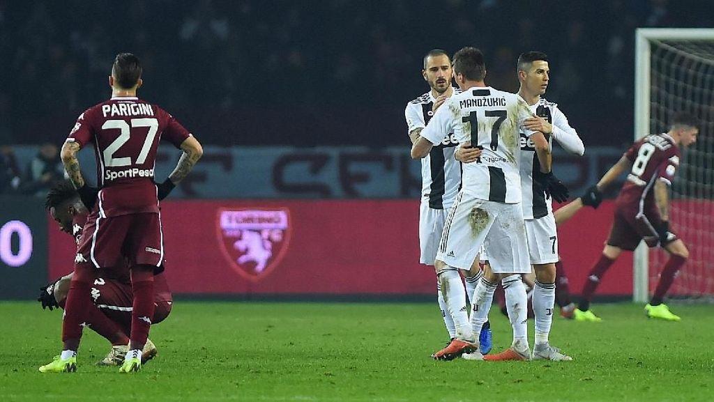Hasil Liga Italia: Penalti Ronaldo Menangkan Juventus di Derby Turin