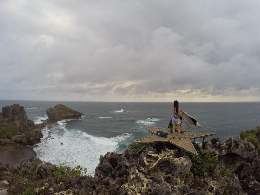 5 Wisata Pantai Instagramable Yogyakarta