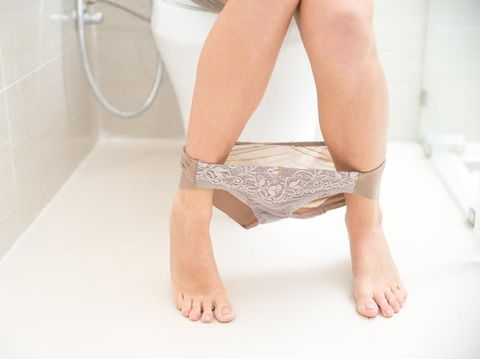 Bahaya Mengenakan Underwear Lebih dari Setahun