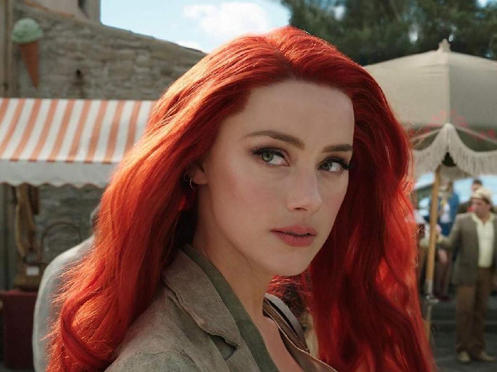 Amber Heard Kerja Keras Layaknya Binatang untuk Aquaman