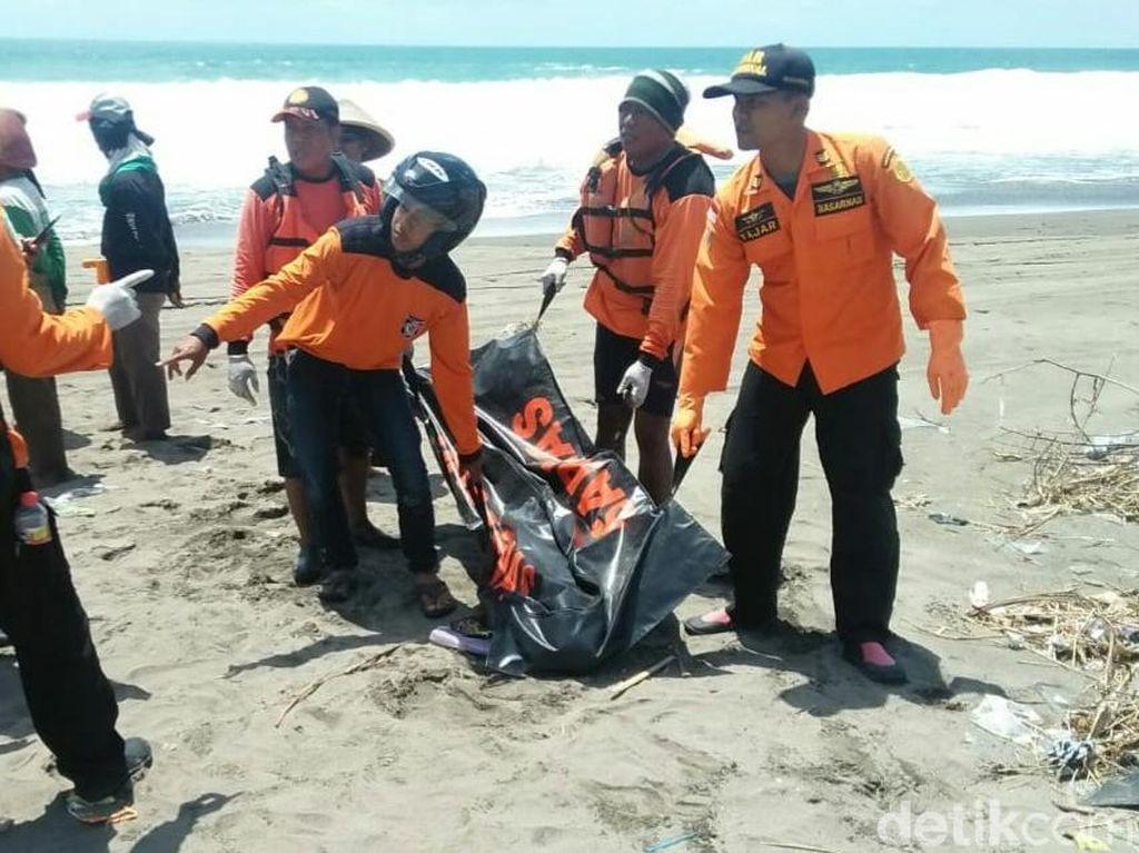2 dari 4 Remaja Masjid yang Hilang di Pantai Kebumen Ditemukan Tewas