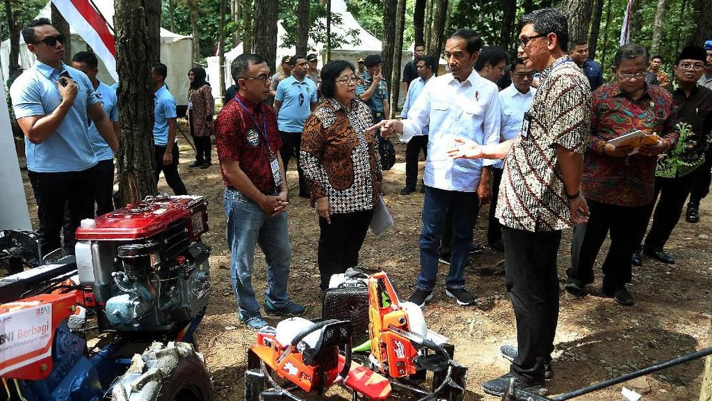 Jokowi Hadiri Penyalurkan KUR di Jambi