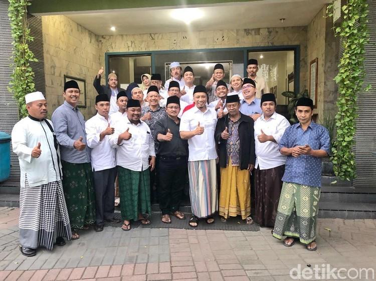 Gus Sholah Restui Relawannya Dukung Jokowi