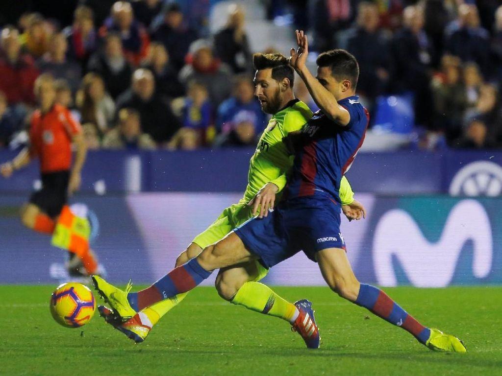 Hasil Liga Spanyol: Messi Hat-trick, Barcelona Hajar Levante 5-0