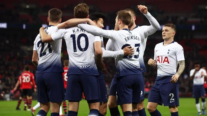 Harry Kane mengungkapkan, saatnya Tottenham Hotspur menjadi juara. Foto: Julian Finney/Getty Images