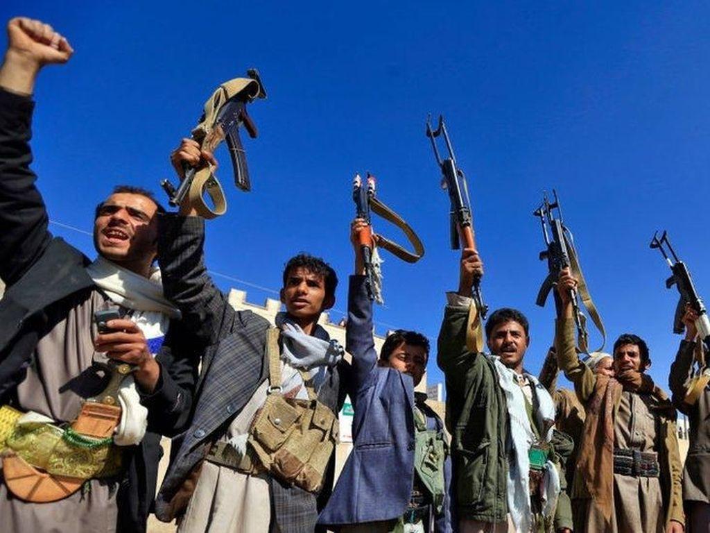 Beberapa Menit Gencatan Senjata, Pertempuran Kembali Pecah di Yaman