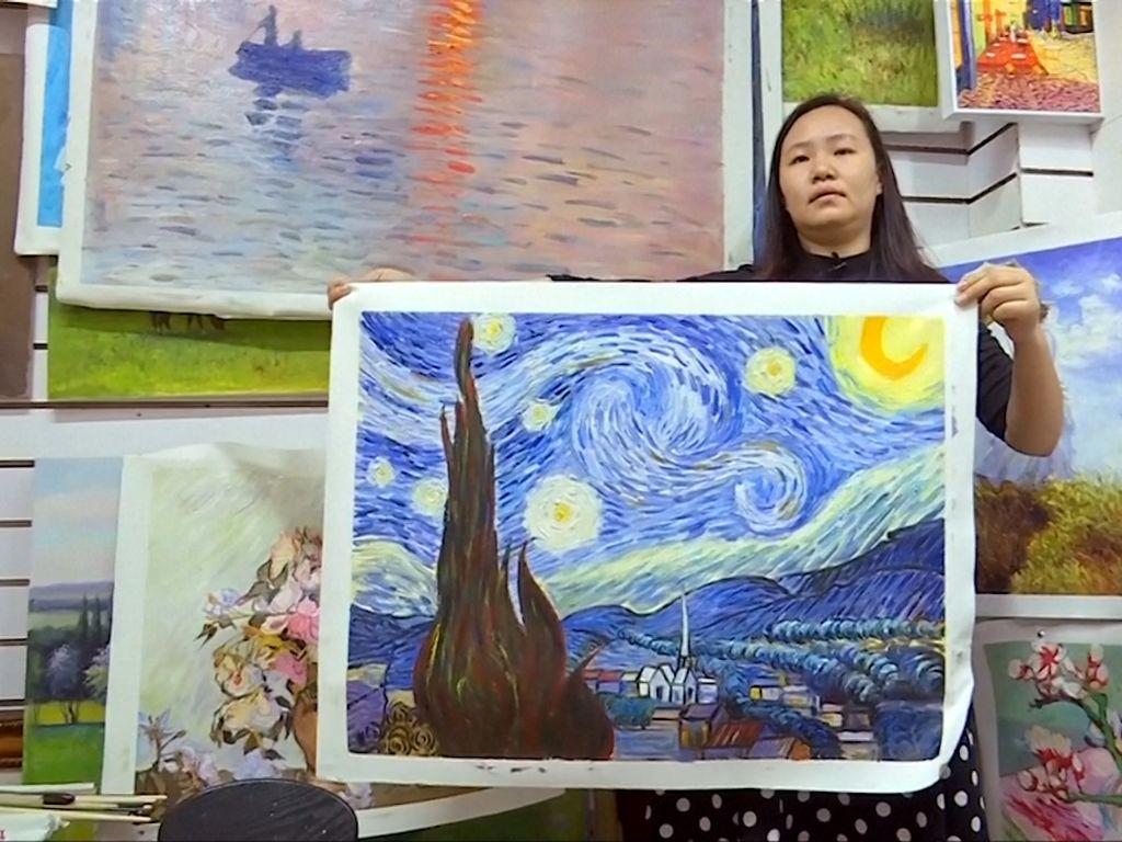 Pelukis China Tobat Bertahun-tahun Jiplak Lukisan Van Gogh