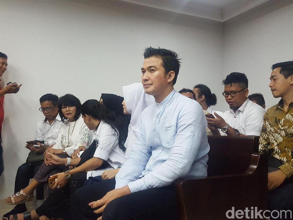 Mandala Shoji Dicari Jaksa, Pengacara: Tak Ada Perintah Pengadilan