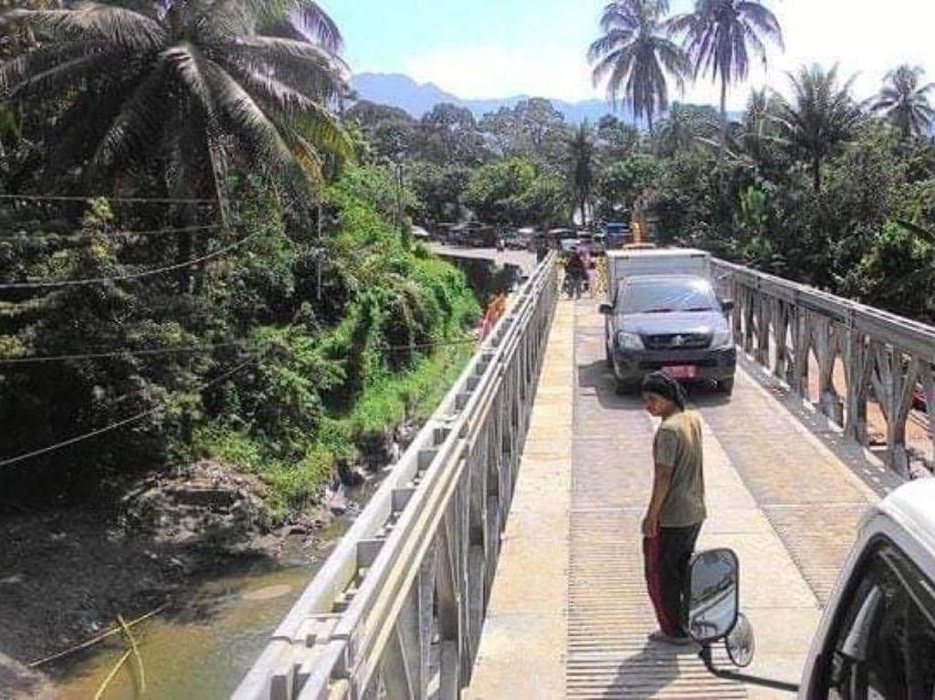 Seminggu Putus, Ruas Jalan Padang-Bukittinggi Sudah Move On