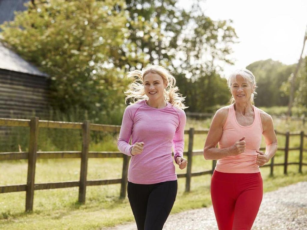 Tips Aman Berolahraga Sesuai Usia, Bunda Perlu Simak