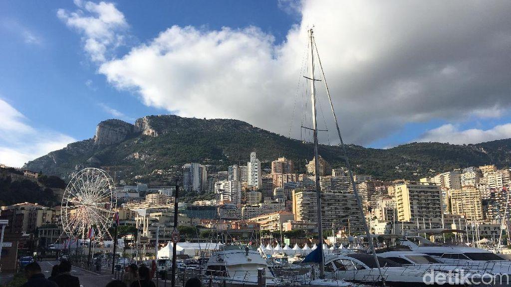 Sudah Tahu Ada Parkiran Kapal-kapal Mewah di Monaco?
