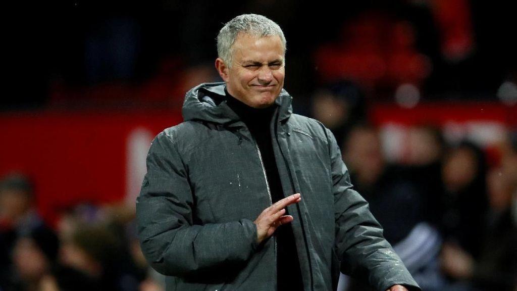 Dipecat MU, Jose Mourinho Makin Kaya
