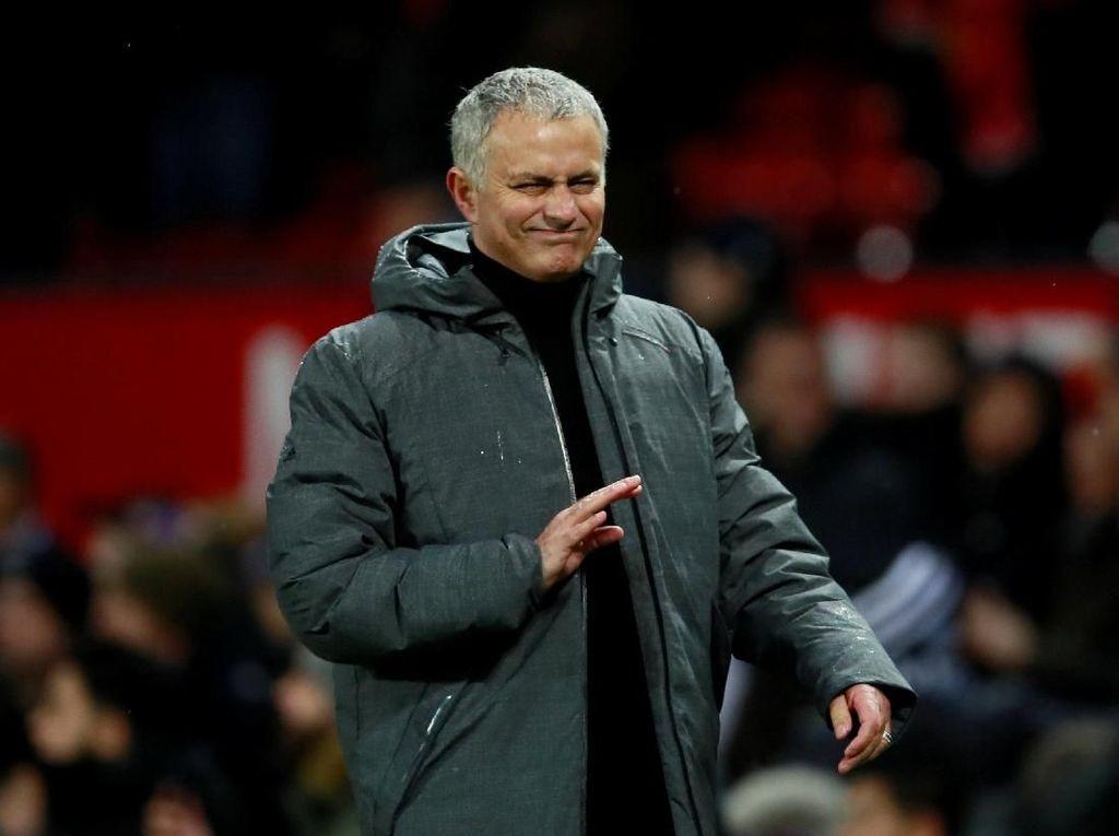 Maaf Lyon, Mourinho Tak Tertarik Melatihmu