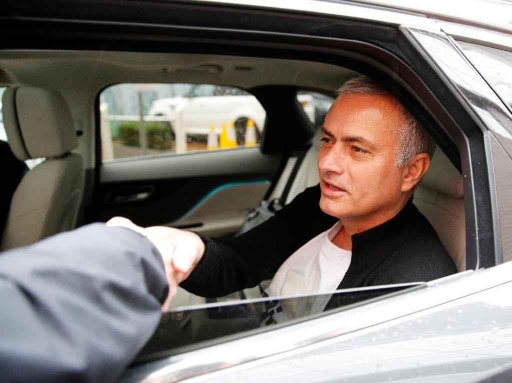 Mourinho Dipecat Usai Para Bintang MU Ancam Hengkang?