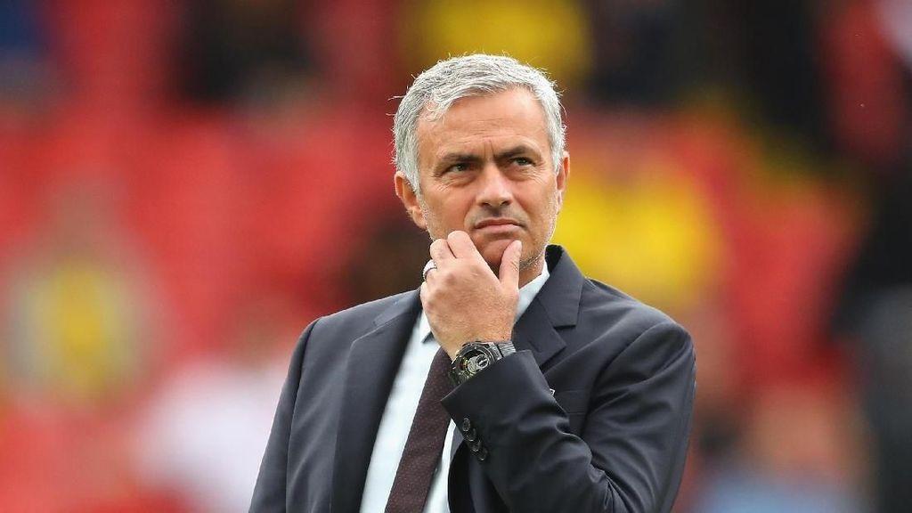Berapa Sih Gaji Jose Mourinho Selama di MU?
