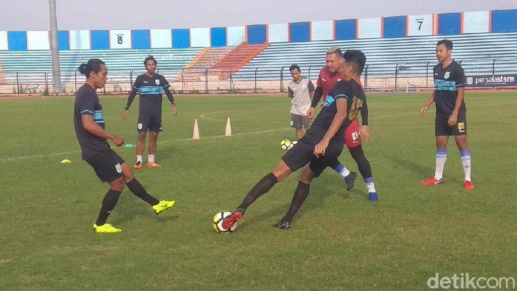 Cari Kemenangan, Persela Juga Seleksi Pemain Lokal di Piala Indonesia
