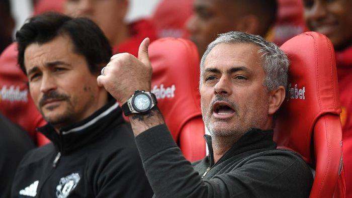 Jose Mourinho menganggap MU finis runner-up di 2017/18 sebagai salah satu pencapaian terbaiknya. Foto: Getty Images