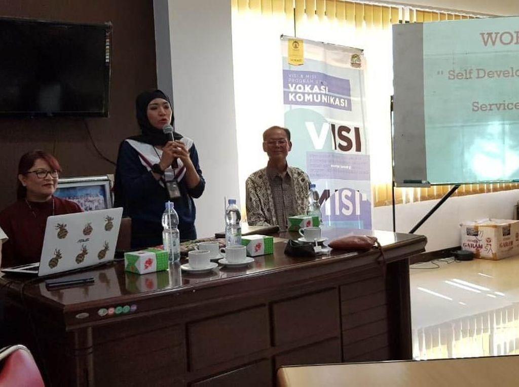 Vokom UI Gelar Sosialisasi Berkah dan Bencana Dunia Digital
