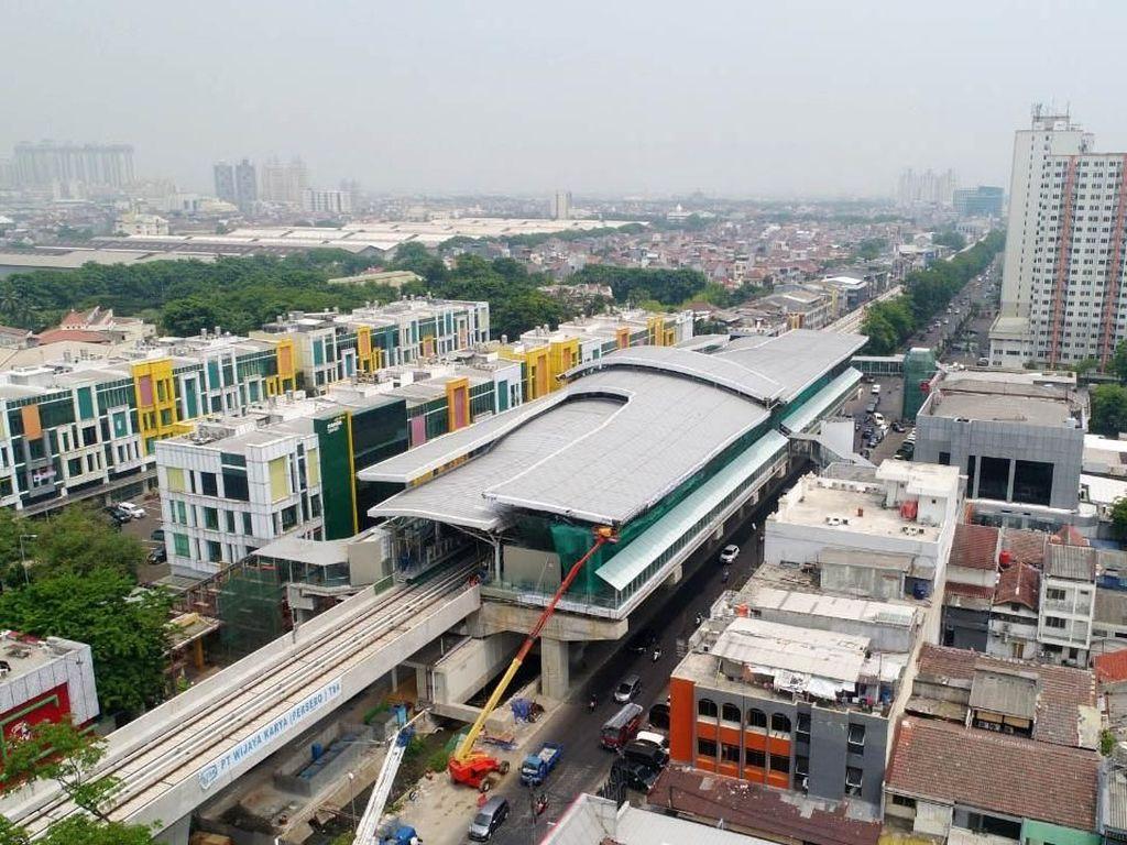 Menanti LRT Jakarta yang Tak Kunjung Beroperasi
