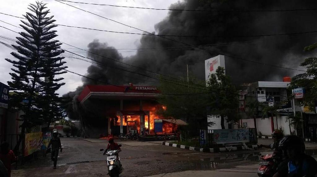Cara Aman Isi Bensin di SPBU agar Tidak Terjadi Kebakaran