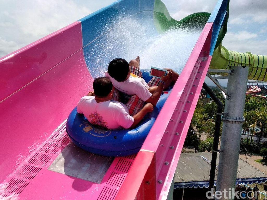 Seru Banget Meluncur di Jet Coaster Slide Setinggi 20 Meter