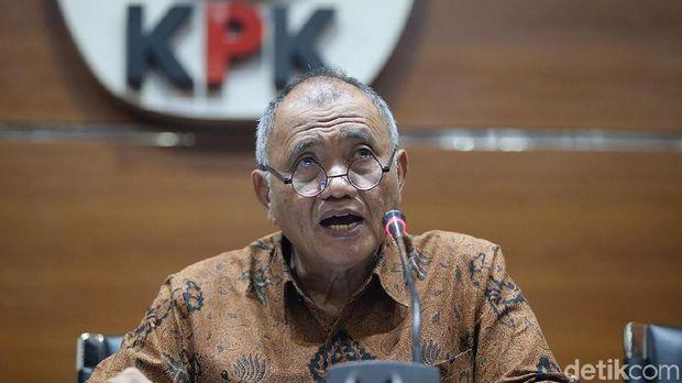 Ketua KPK Agus Rahardjo yang ditunjuk jadi panelis memastikan tidak datang ke debat perdana.