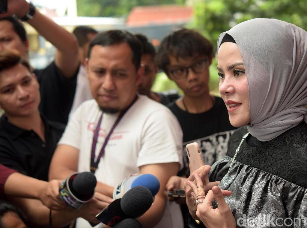 Dituduh Berzina, Angel Lelga Ungkap Hasil Visumnya Negatif