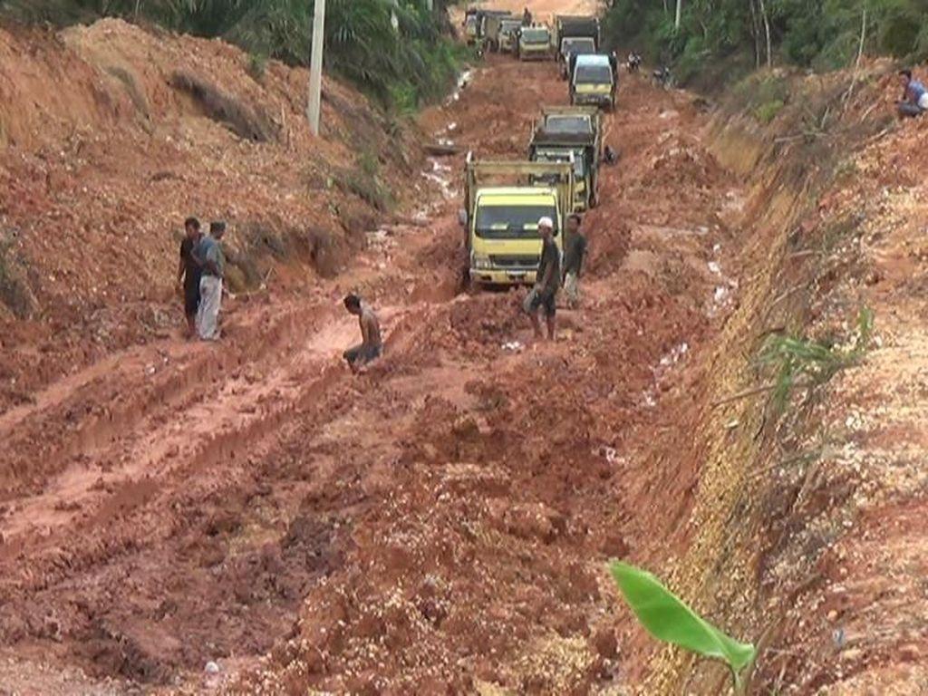 Jalan Bak Bubur, Desa di Riau Terisolir
