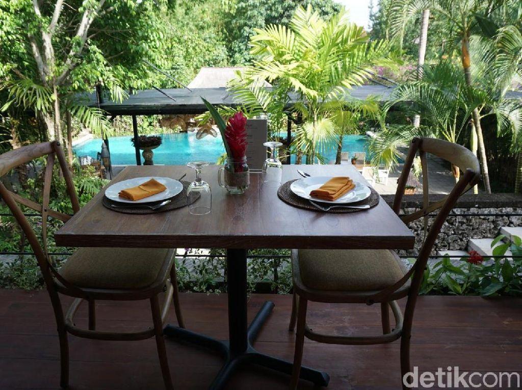 Foto Tempat Nongkrong Nikmati Kuliner Nusantara di Bali