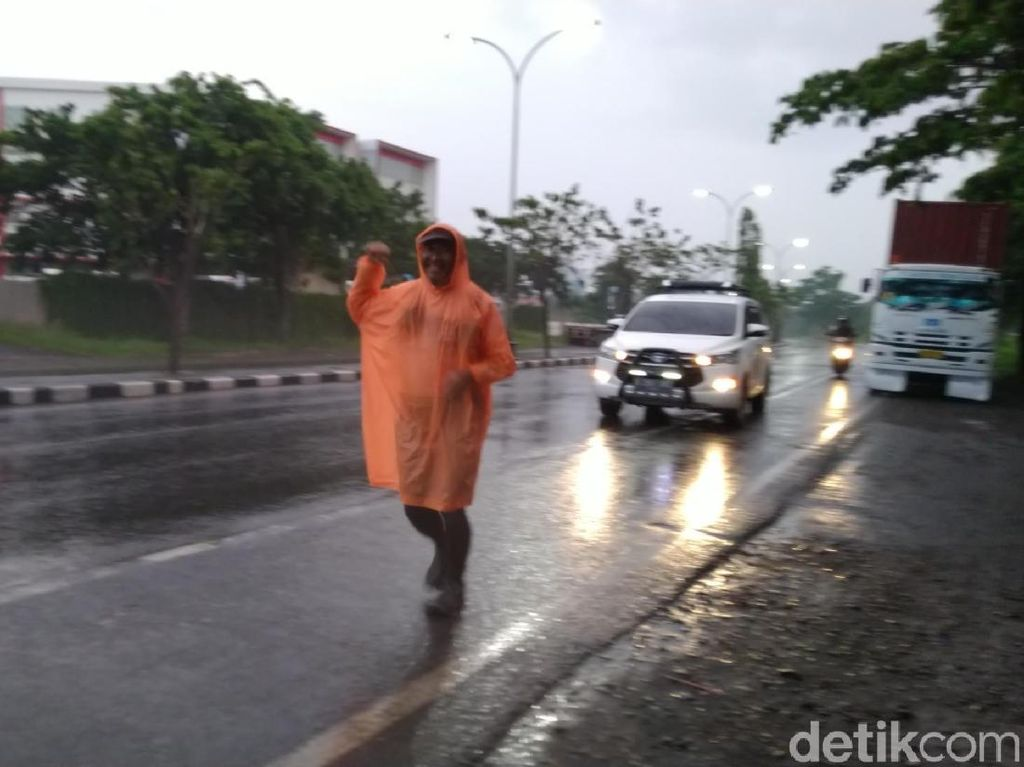 Kampanye Anti-Narkoba, 4 Pria Paruh Baya Ini Lari Bali-Jakarta
