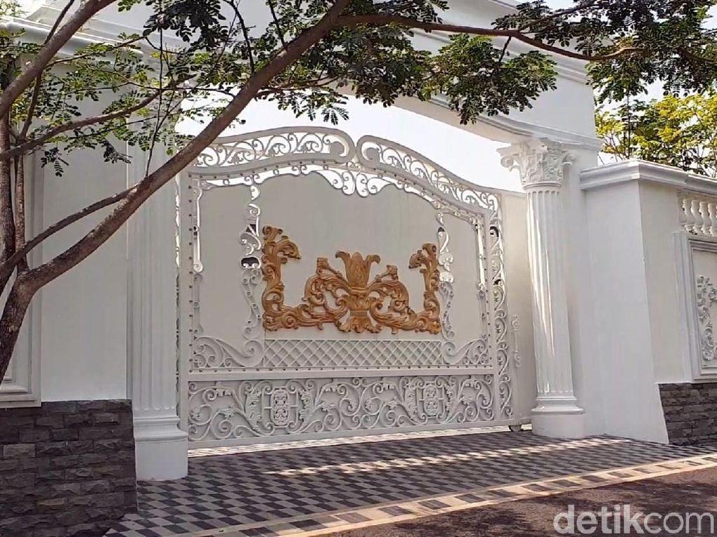Pasca OTT, KPK Sempat Geledah Rumah Ayah Bupati Cianjur