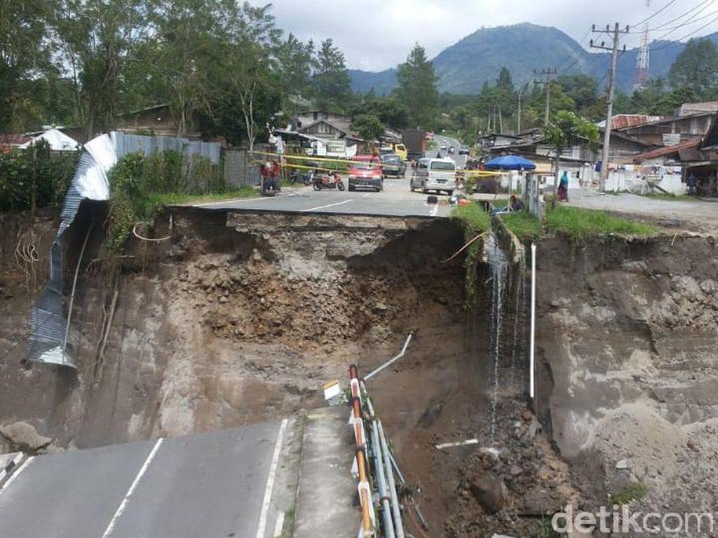 Jembatan Ambrol, Akses Transportasi Bireuen-Takengon Aceh Lumpuh