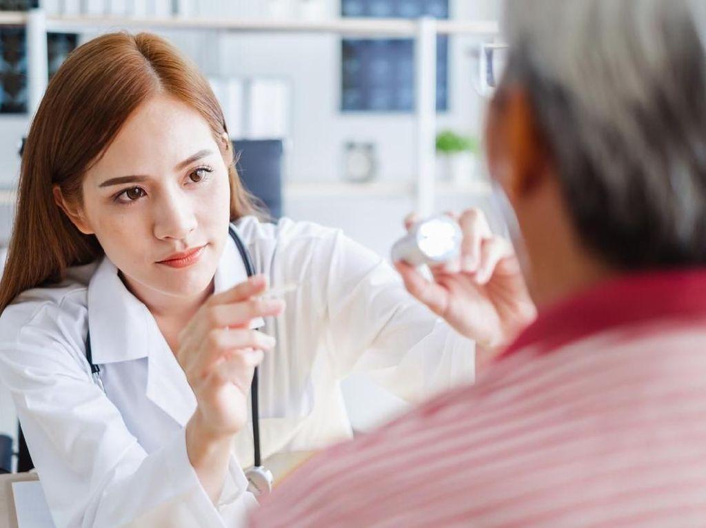 Program Wajib Kerja Dokter Spesialis (WKDS) Dibatalkan?