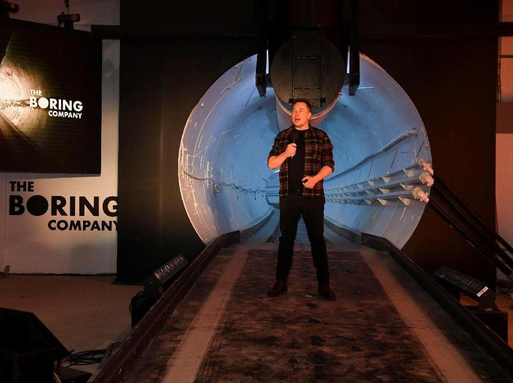 Elon Musk Pamerkan Terowongan Mobil Anti Macet