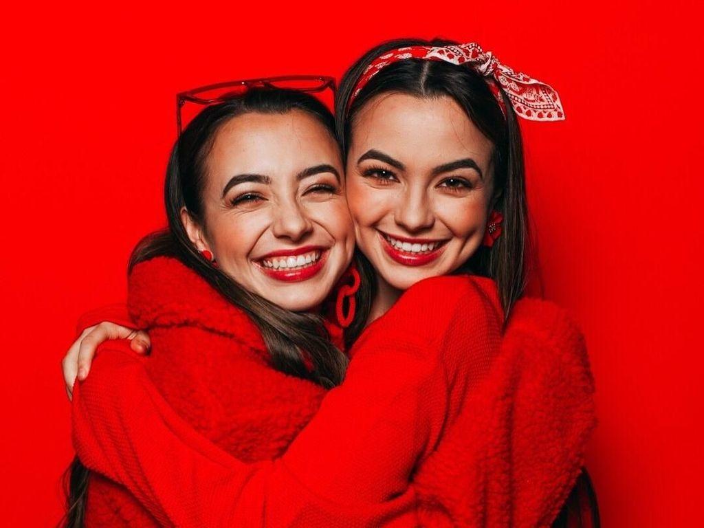 10 YouTuber Cantik yang Muncul dalam YouTube Rewind 2018