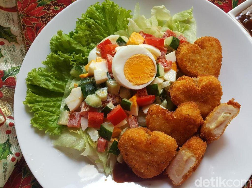 Resep Ayam : Fiesta Cheesy Saus BBQ dan Salad Telur